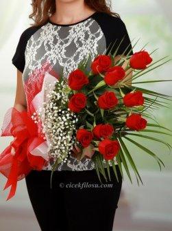 Aşkların En Güzeli 11 Gül