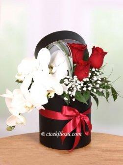 Kırmızı Gül ve Orkide